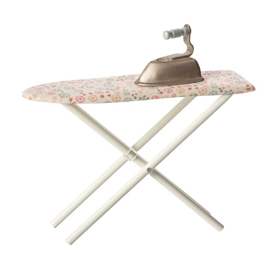 maileg mini iron and ironing board. Black Bedroom Furniture Sets. Home Design Ideas