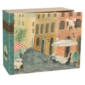 Maileg Mouse Book House Front