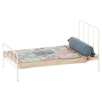 Maileg Medium Bed Cream