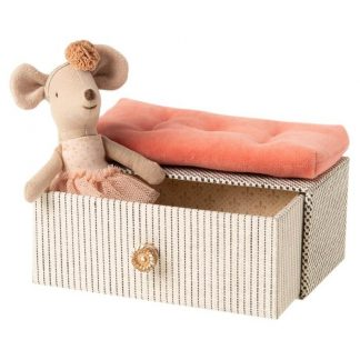 Maileg Little Sister Dance Mouse Daybed